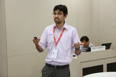 Nishanth presenting at Research Retreat (2017)